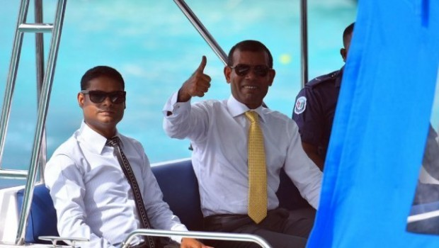 Maldives agrees to let ex-president fly to UK, without 'hostage' guarantee